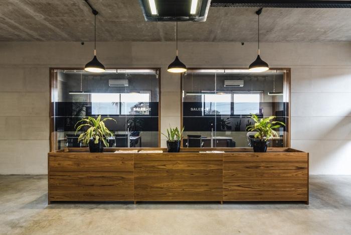 bureaux minimalistes pramukh real estate