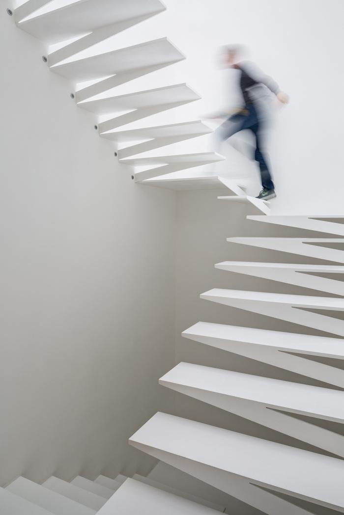 escaliers bureaux archetonic