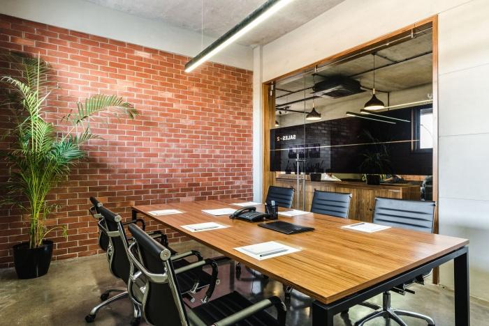 espace réunion pramukh real estate offices