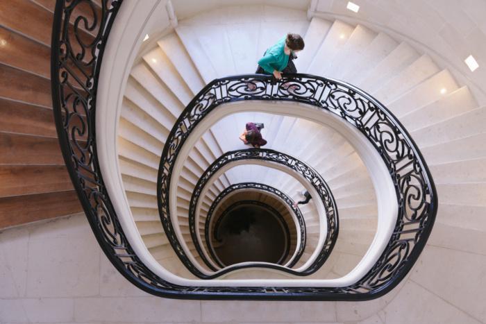 escalier bureau wework champs elysees