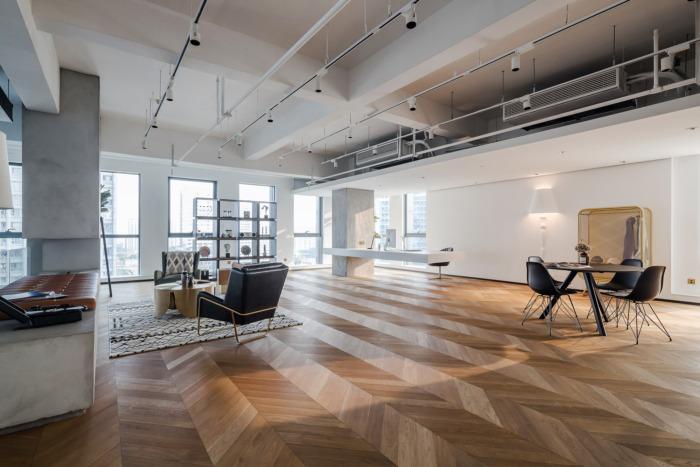TKSTYLE bureaux lumineux modernes parquet